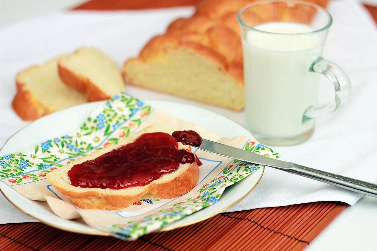 breakfast-1224505_1280.jpg